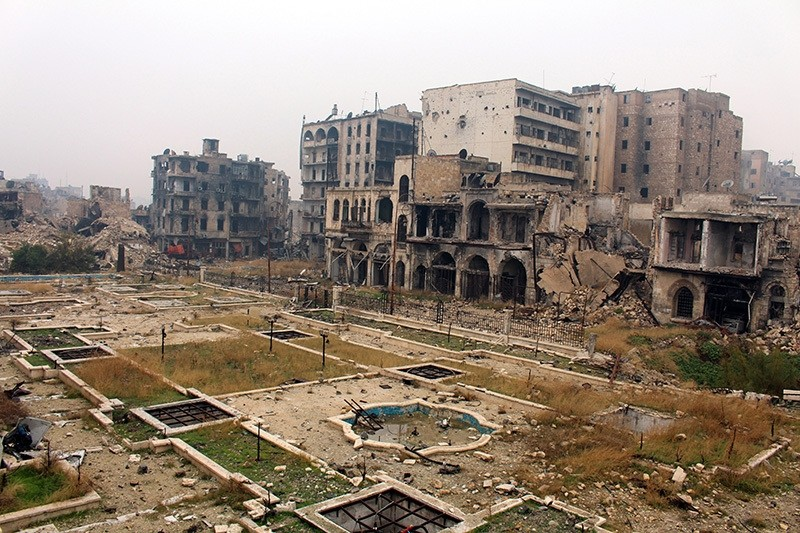 A general view over damages near the Umayyad Mosque in the eastern neighborhoods of Aleppo, Syria, Dec. 13, 2016. (EPA Photo)