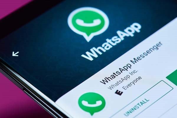 """Whatsapp'a """"Karanlık mod"""" geldi!"""