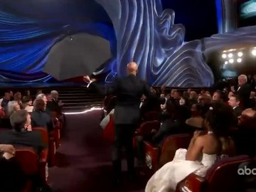91.Oscars: Keegan-Michael Key sahneye uçarak indi