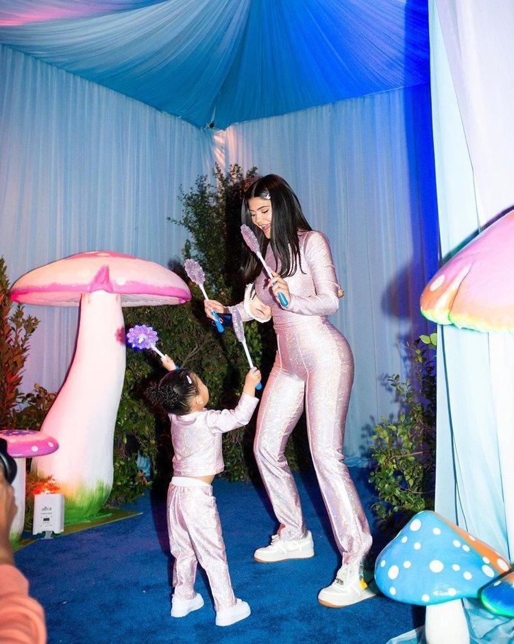 Kylie Jenner'ın kızı Stormi için muhteşem doğum günü partisi