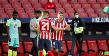 Atletico Madrid hit Granada 6-1, Suarez scores on debut