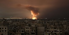 Fresh strikes hit Ghouta after UN delays truce vote