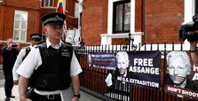 Sweden requests detention order for Assange