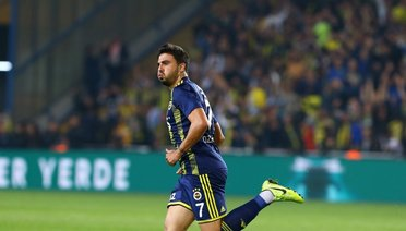 Fenerbahçede İç Transfer Mesaisi