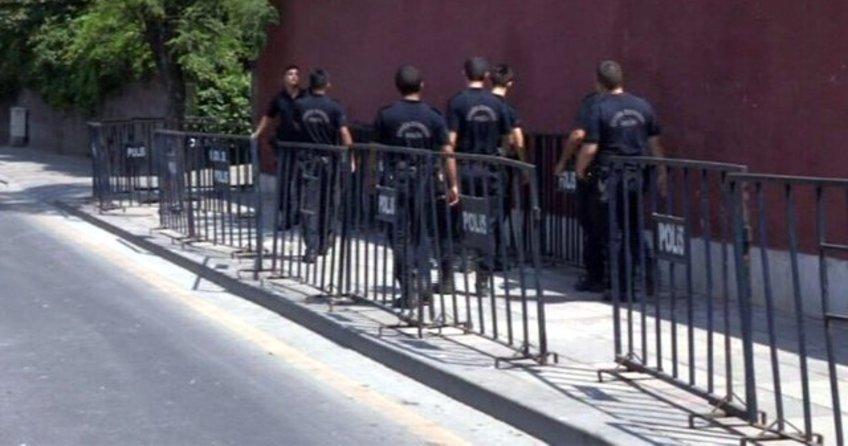 İsrail Büyükelçiliği önünde silah sesleri