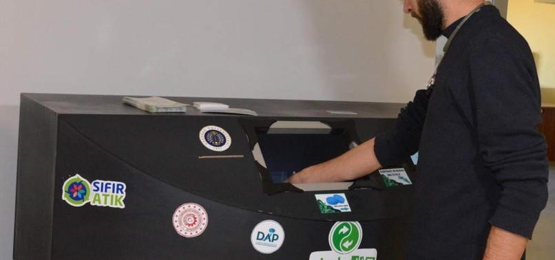 TURKISH STUDENTS BUILD AI-POWERED WASTE SORTING MACHINE