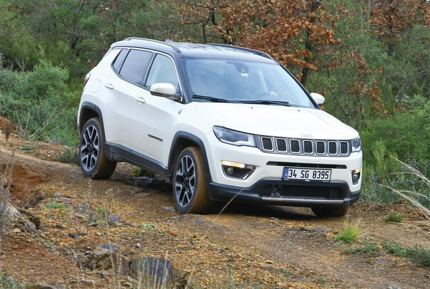 TEST · Jeep Compass 1.4 Multiair 9ATX AWD Limited