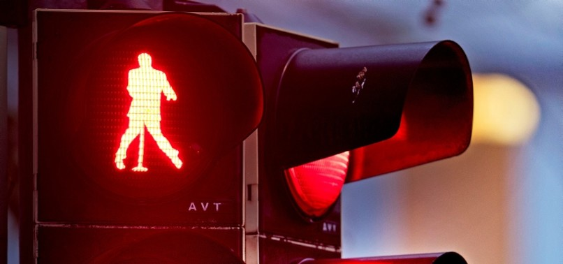 GERMAN TOWN TRANSFORMS TRAFFIC LIGHTS WITH ELVIS PRESLEY FIGURES TO COMMEMORATE SINGER