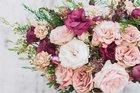 Divan şiirine kokusunu,rengini bırakan bahçe bitkileri