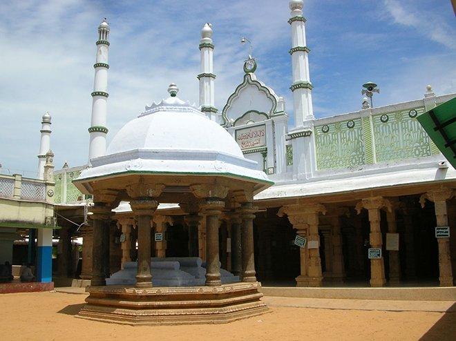 Palaiya Jumma Camii / Kilakarai, Hindistan
