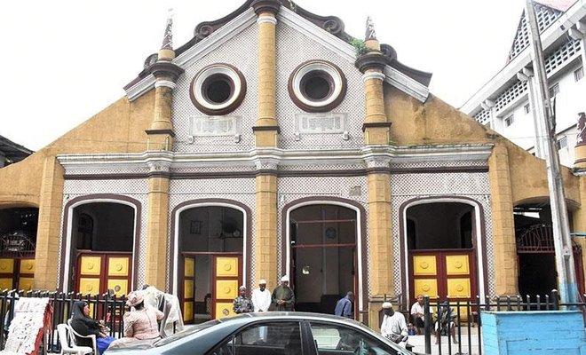 Nijeryadaki Shitta Bey Camisi Türk Camisi olarak biliniyor