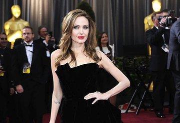 Angelina Jolie, 1 milyon dolar bağışladı