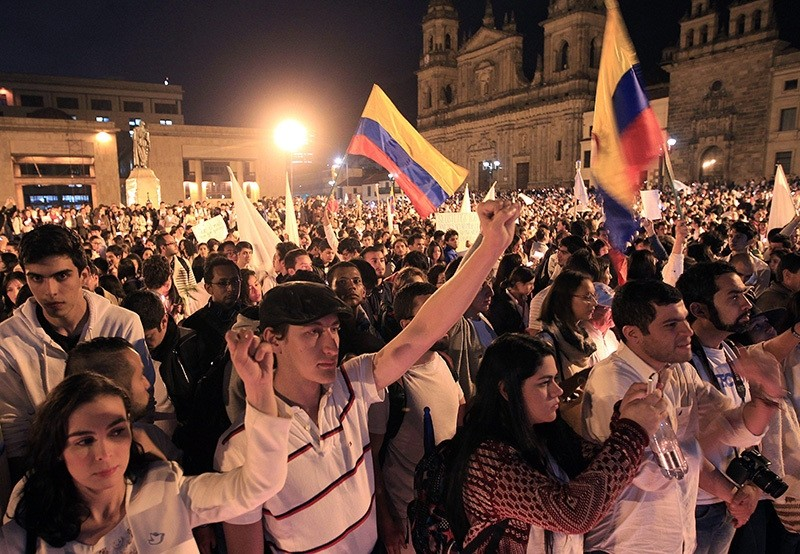 Colombians participate in the 'March for Peace', held in Bolivar square in Bogota, Colombia, Oct. 5 2016. (EPA Photo)