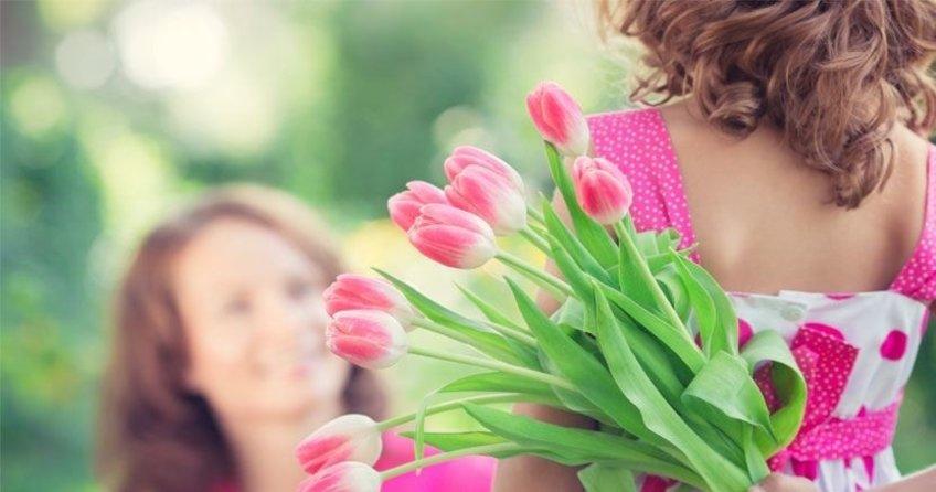 En güzel ve en içten Anneler günü mesajları ile sizlerleyiz! - İşte 14 Mayıs 2017 resimli Anneler günü mesajları