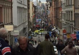 İsveç'te kamyonlu saldırı: 3 ölü ve yaralılar var!