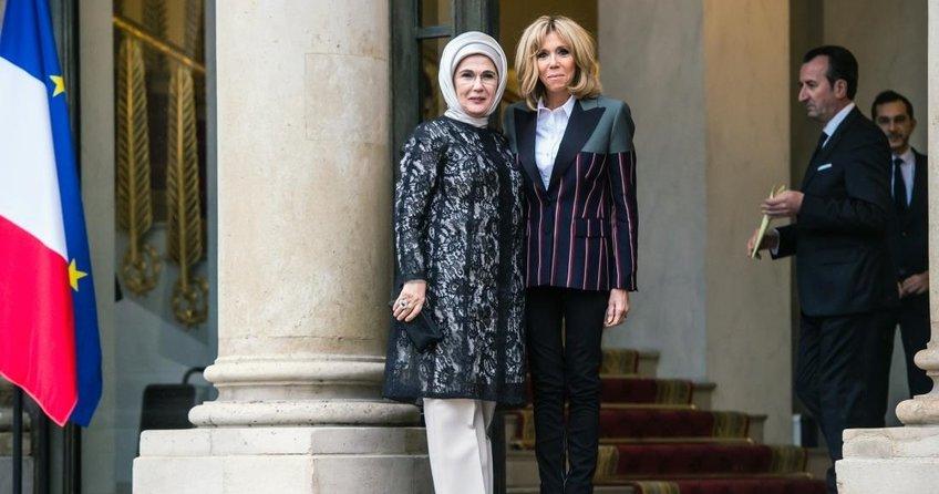 Emine Erdoğan'dan Fransız First Lady'ye davet
