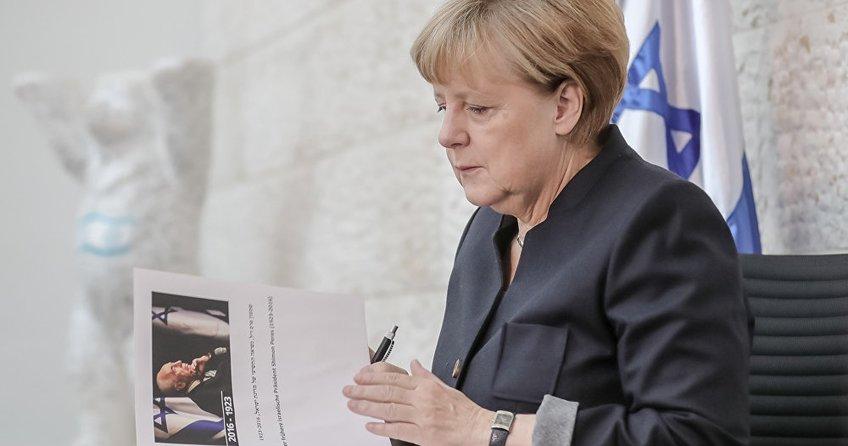 Merkel yeniden Başbakanlığa aday olacak