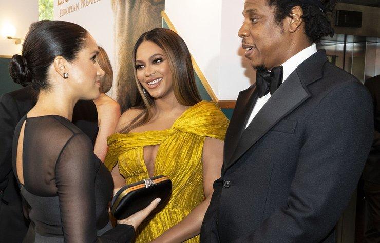 Beyonce ile Meghan Markle, Aslan Kral (The Lion King) filminin Londra'da yapılan Avrupa galasında bir araya geldi. Gecenin en dikkat çeken anında Beyonce, Markle'a annelik tavsiyesinde bulundu.