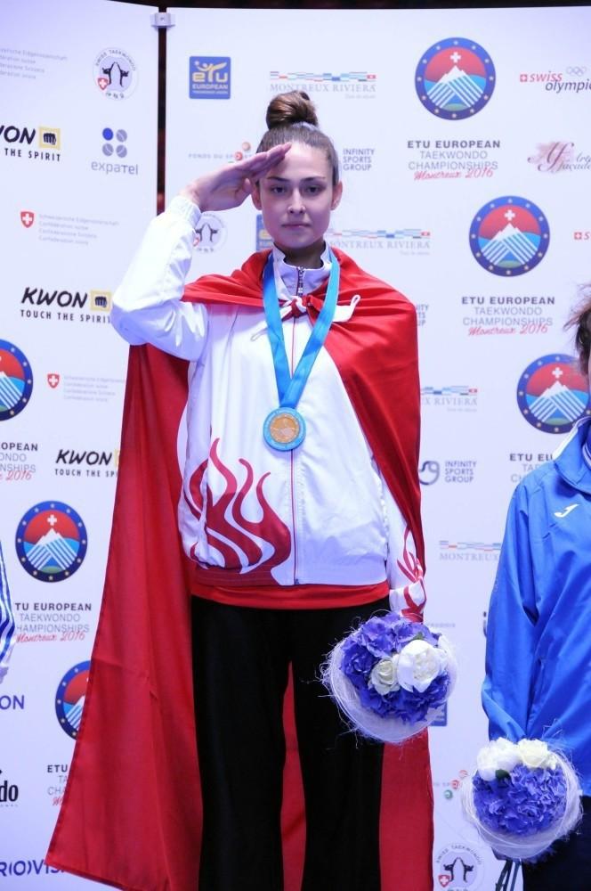 u0130rem Yaman won gold medal.