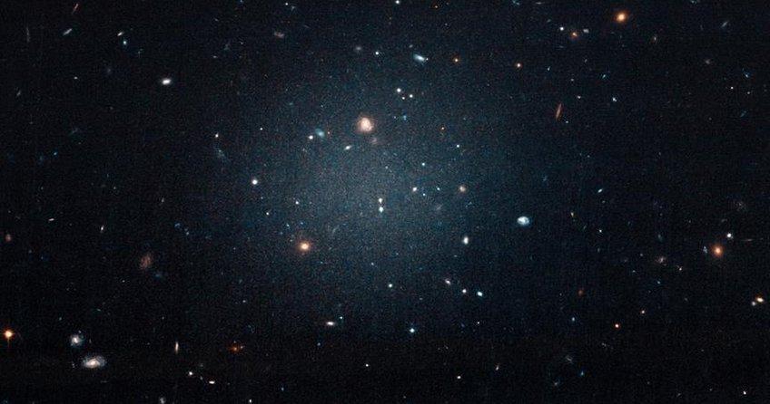 Bu galakside karanlık madde yok