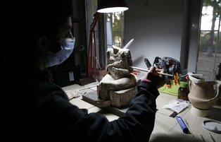 Bronz Age goddess statue unearthed in central Turkey