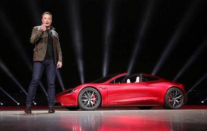 Elon Musk Tesla'nın CEO'luk görevinden alınabilir
