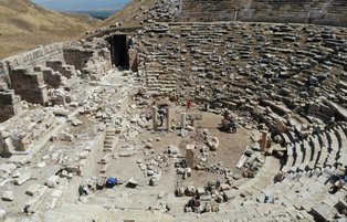 2200-year-old theater in ancient city of Laodicea to be reopened after restoration work