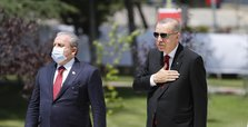Erdoğan hails 'heroes emerging on July 15 coup bid night'