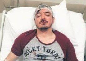 Ünlü sanatçı Orhan Ölmez komşuları tarafından beş yerinden bıçaklandı