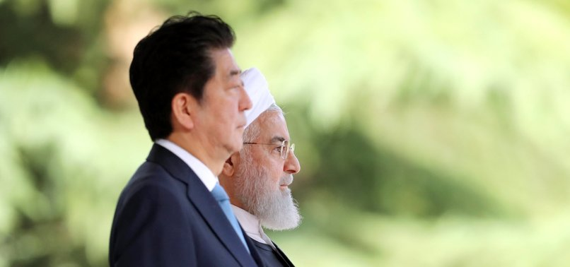 IN TEHRAN, JAPANS ABE URGES IRAN TO PLAY CONSTRUCTIVE ROLE
