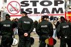 Almanya'da İslamofobi ve yabancı düşmanlığı tavan yaptı