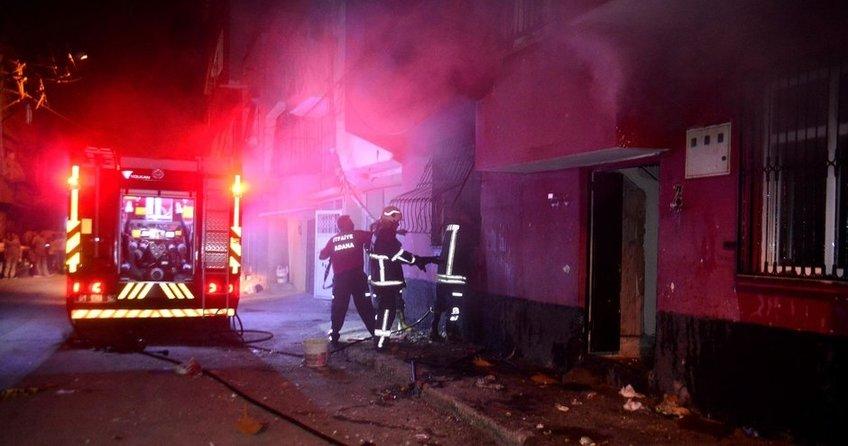 Adana'da komşular arasında 2 metrekarelik arsa kavgası: 2 ölü