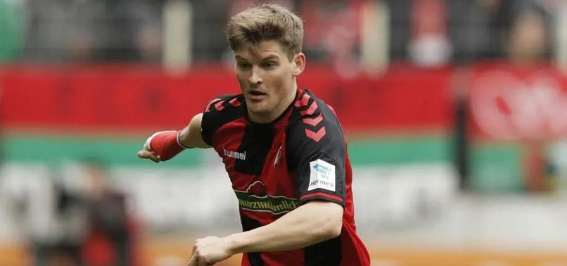FREIBURG DEFENDER KUBLER BREAKS ANKLE