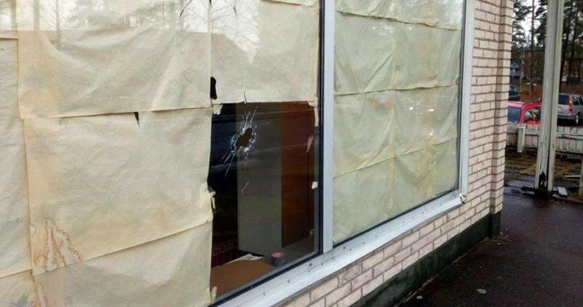 İsveçte camiye saldırı