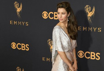 69. Emmy Ödülleri'nde şıklık yarışı