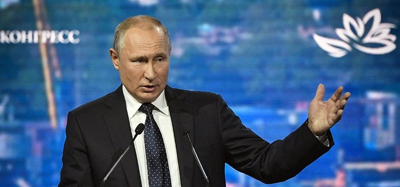 RUSSIAS PUTIN SUGGESTS TURKEY BE PART OF G7