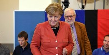Merkel wins 4th term, hard-right AfD gains seats in elections