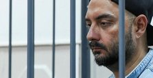 Russia extends house arrest of acclaimed film director