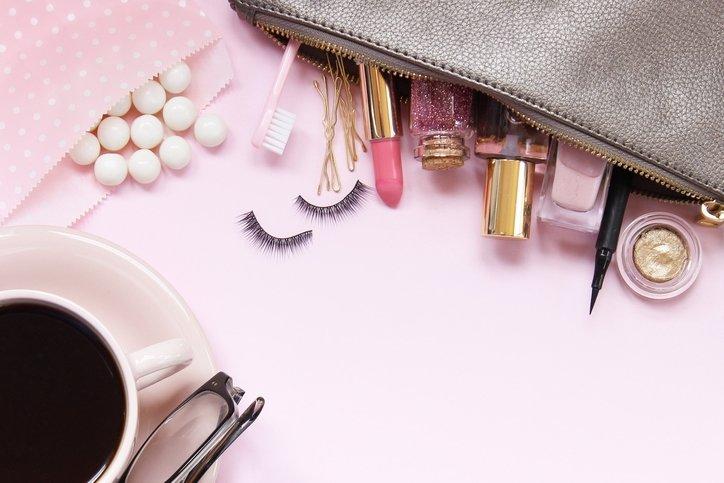 Makyaj çantanızda yeni trendlere yer açın!