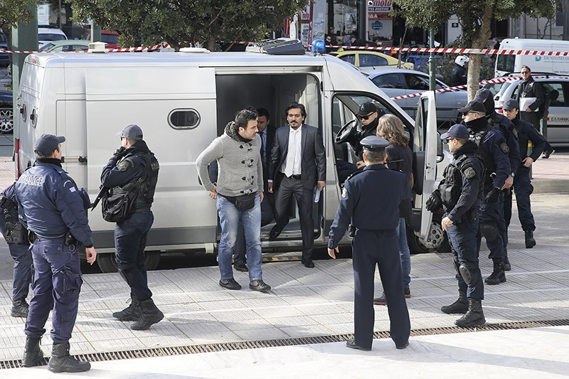 FETu00d6-linked coup officers are being brought to Greek court for trial. Jan. 23, 2017. (AA Photo)