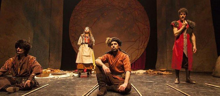 Yerli yazarlar 20 bin tiyatrosevere ulaştı