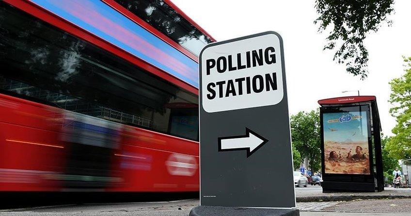 İngilterede yerel seçimde iktidar beklenen kaybı yaşamadı