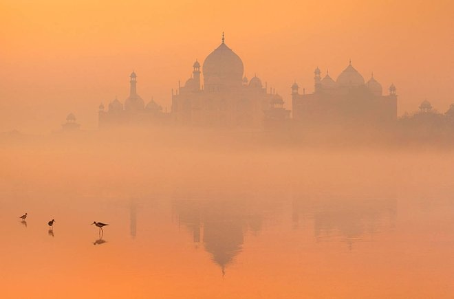 Hindistan'daki ilk cami