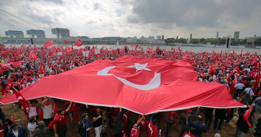 Avrupalı Türkler seçime hazır