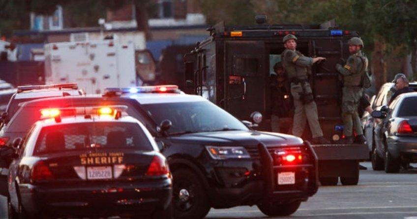 Kaliforniya'da silah sesleri yankılandı
