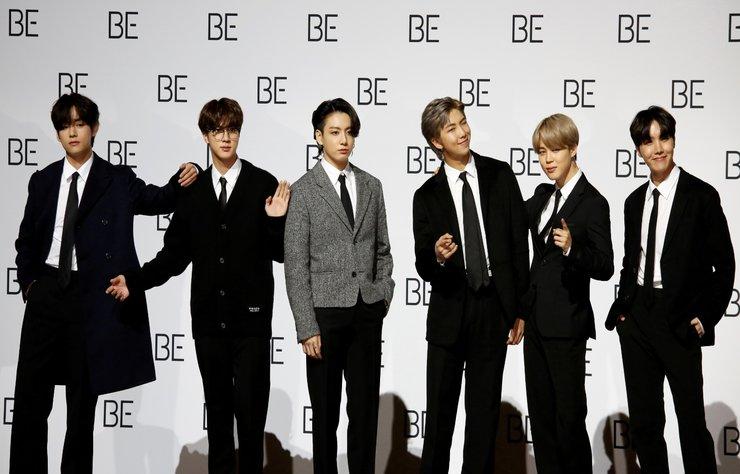 """""""BTS Güney Kore'deki yasaları değiştirtti!"""" haberi için lütfen..."""