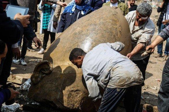3 bin 300 yıllık heykeller bulundu