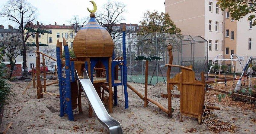 Çocuk parkına polis koruması