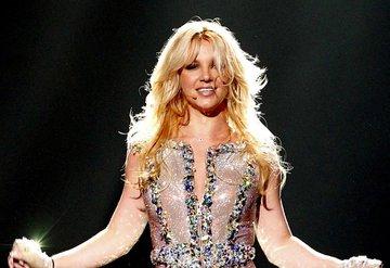 Britney Spears Instagrama Ara Verdi
