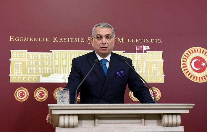 AK Party Istanbul Deputy Metin Ku00fclu00fcnk (File Photo)